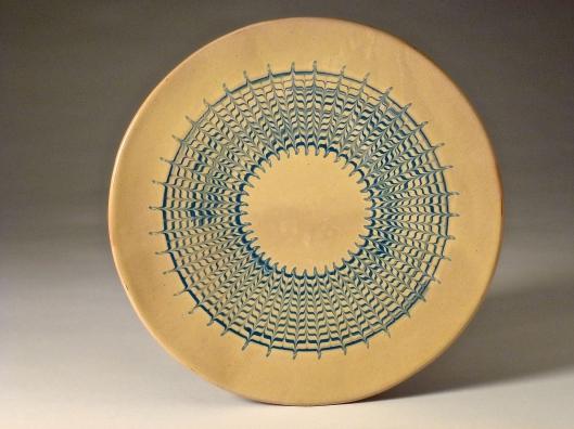 Coordonnées du céramiste Sean Miller : http://www.seanpots.com  5 rue Marcel Callo  56220 Peillac  02 99 93 48 13
