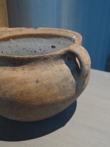 Pot des Potiantes émaillage au plomb et bouse de vache